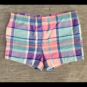 🚀Lands End Plaid Shorts Size Small
